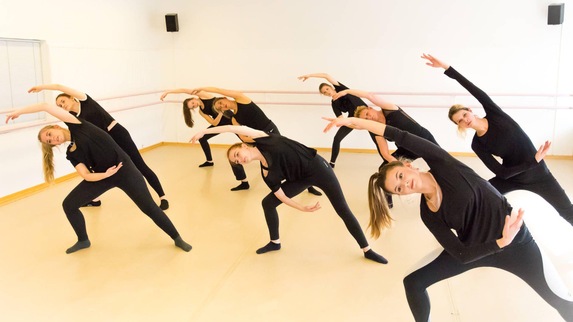 Im September gratis MODERN DANCE austesten!